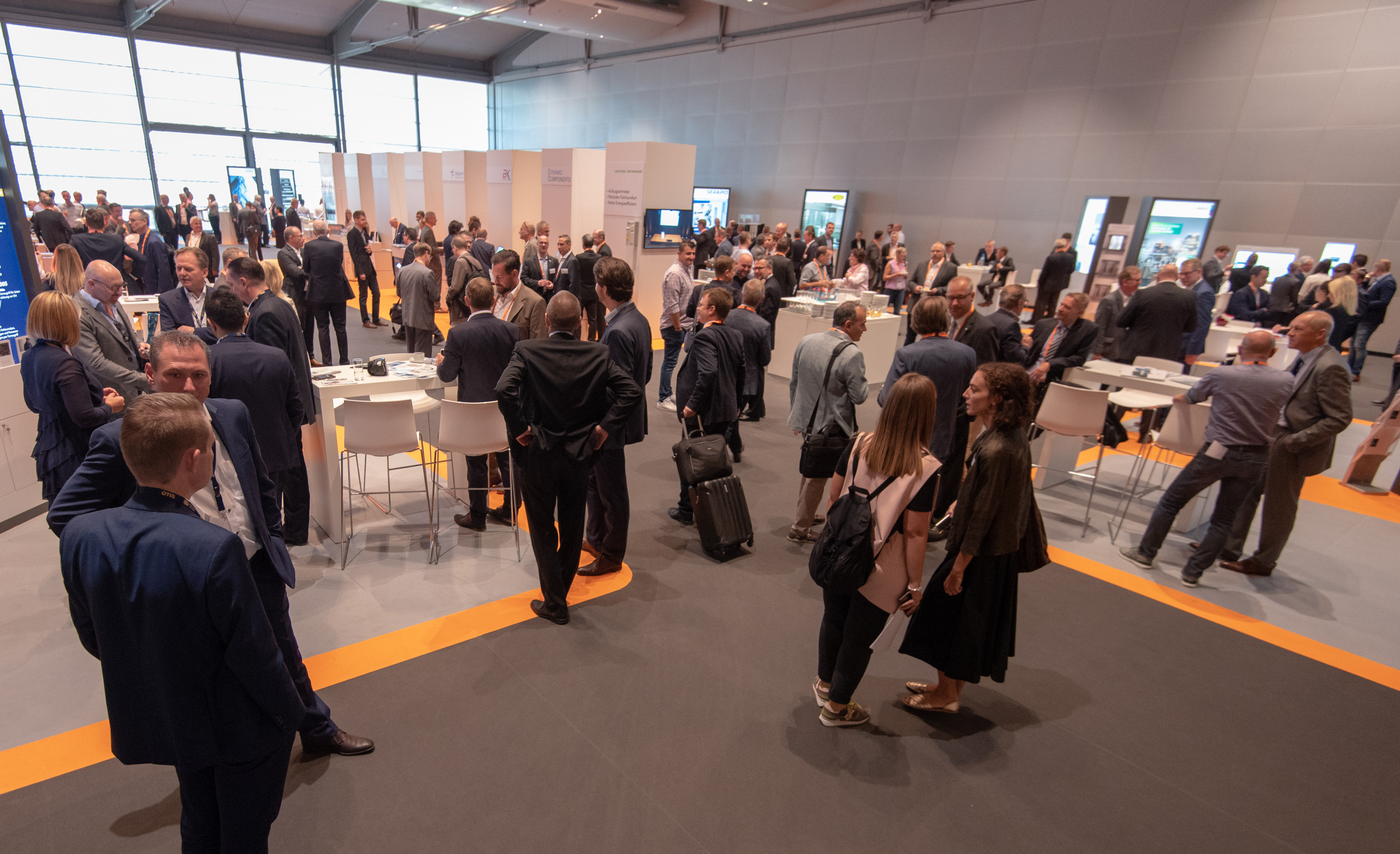 E2 Forum Frankfurt: the conference and exhibition generated great interest and were the setting for intensive networking.